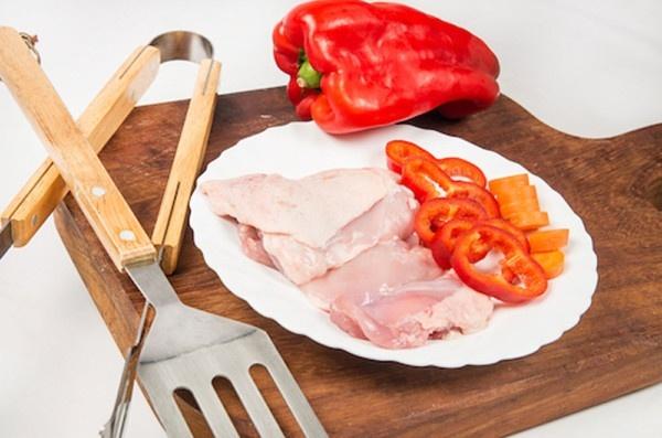 Contramuslos de pollo sin hueso y piel