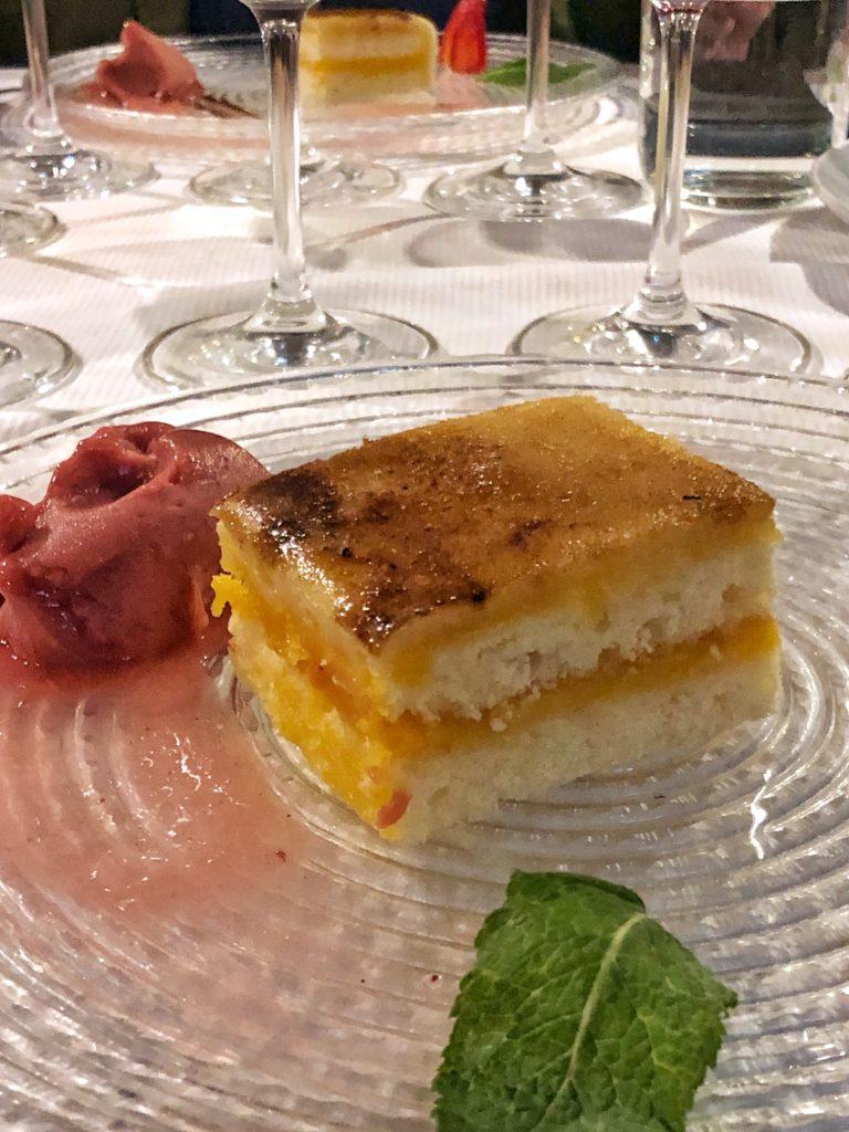 Tarta de mazapan de San Telesforo en la 2ª cena rutas gastronómicas de producto km.0